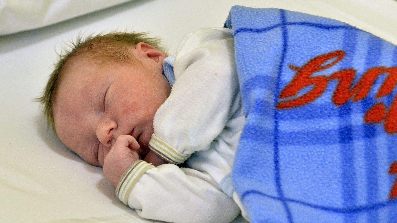 százalékos fogyás újszülött)