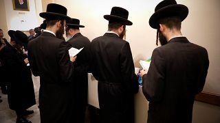 الادعاء الأمريكي يطالب بتنفيذ الإعدام في حق متهم بقتل 11 يهوديا داخل كنيس بيتسبرغ