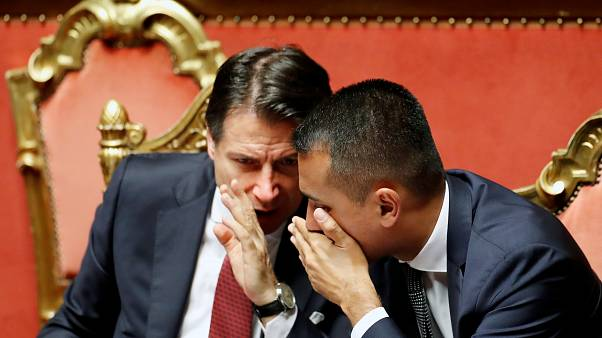 Les responsables italiens Giuseppe Conte et Luigi Di Maio