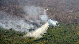 Lángol a növényzet Szumátrán és Borneón