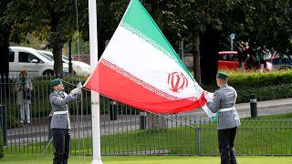 إيران تسجن مواطنة بريطانية إيرانية 10 سنوات بتهمة التجسس لصالح الموساد