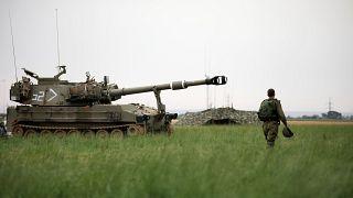 جندي اسرائيلي على حدود قطاع غزة- أرشيف رويترز