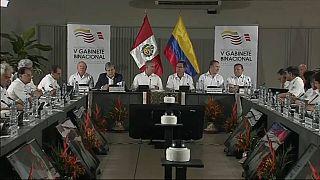 الرئيس البيروفي ونظيره الكولومبي