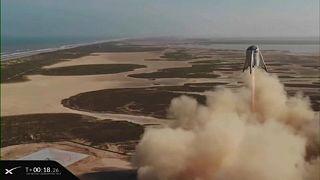 SpaceX testet Rakete für Mond- und Mars-Mission