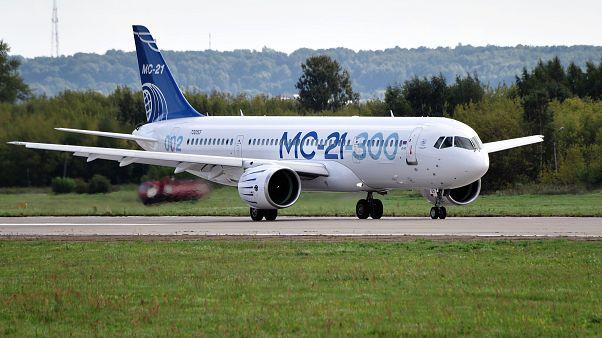 Rusya'nın MC-21 yolcu uçağı