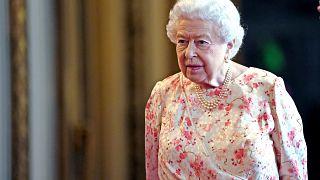 La reina Isabel II acepta la suspensión del Parlamento propuesta por Johnson