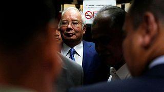 محاکمه نخست وزیر پیشین مالزی به اتهام «غارت اموال دولتی» آغاز شد