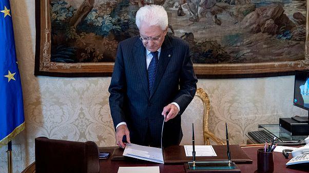 Itália: Coligação ou eleições?