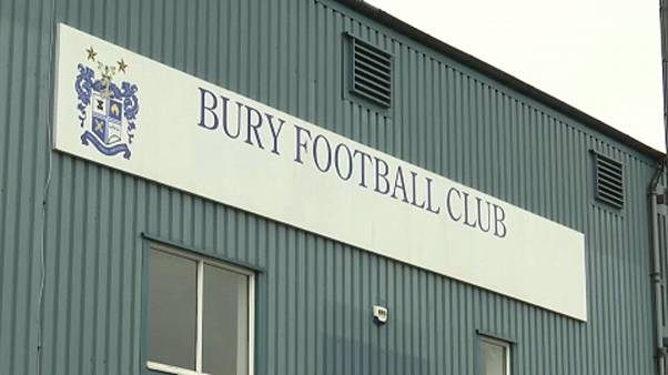 Nur noch 8 Spieler: FC Bury aus der Liga ausgeschlossen
