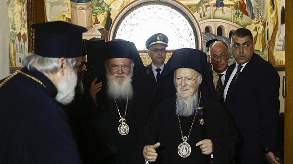 Ο Οικουμενικός Πατριάρχης Βαρθολομαίος και ο Αρχιεπίσκοπος Αθηνών και πάσης Ελλάδος Ιερώνυμος
