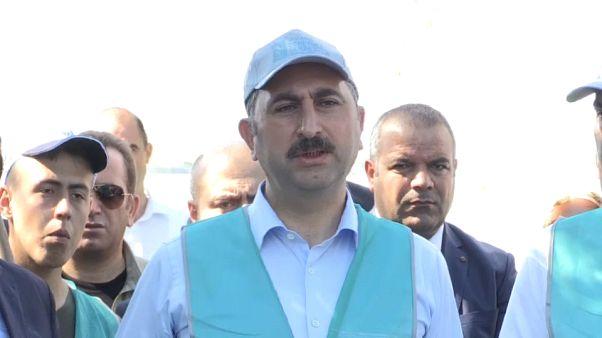 Adalet Bakanı Gül: Kadına şiddeti önleyici ne gerekiyorsa yaparız