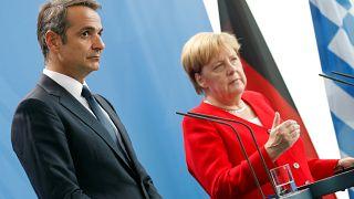 Ο πρωθυπουργός Κυριάκος Μητσοτάκης με την Άνγκελα Μέρκελ στην πρώτη του επίσημη επίσκεψη στο Βερολίνο