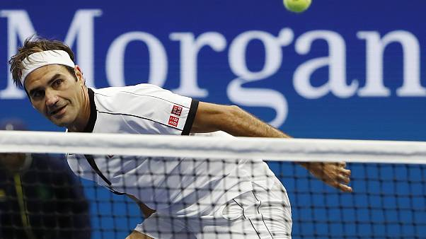 لاعب التنس السويسري روجر فيدرر
