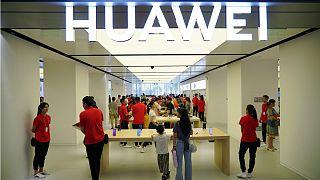 عزم هواوی در عرضه تلفن همراه جدید به بازار «با یا بدون سرویسهای گوگل»