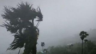 Florida felé tart a Dorian hurrikán