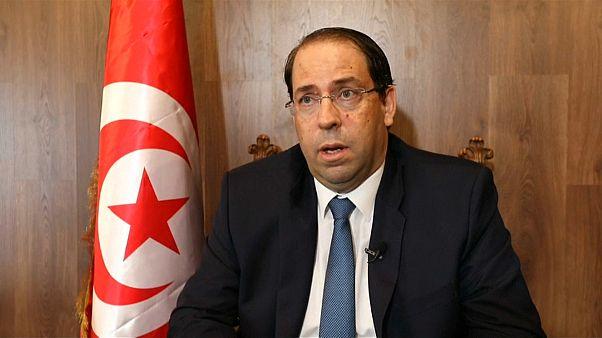 رئيس وزراء تونس يقول إنه نفذ إصلاحات اقتصادية صعبة رغم كلفتها السياسية الباهظة