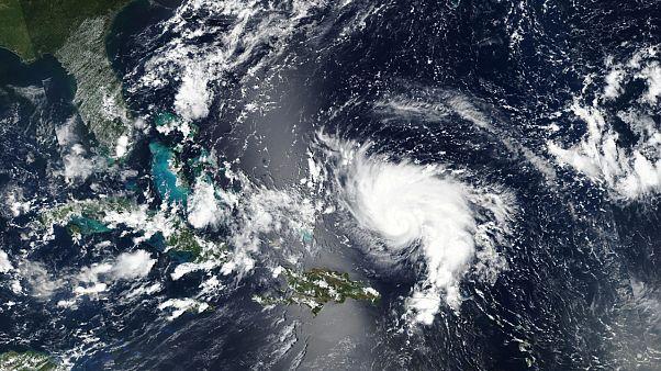 Dorian kasırgasının pazar günü Florida kıyılarını vurması bekleniyor