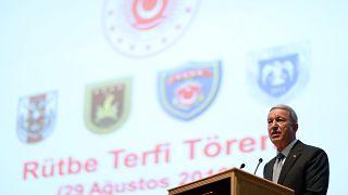Savunma Bakanı Hulusi Akar: TSK'dan 17 bin kişi ihraç edildi