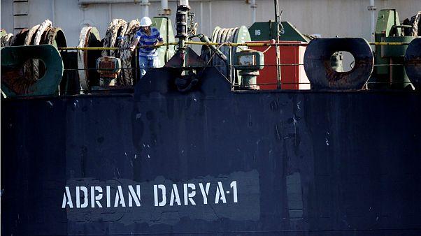وزیر خارجه ترکیه: نفتکش آدریان دریا ۱ عازم لبنان است؛ لبنان: بیاطلاع هستیم