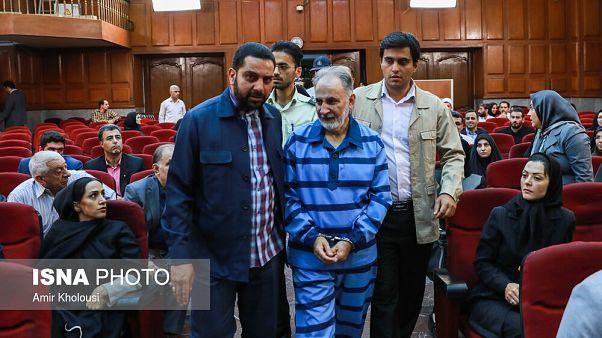 محمد علی نجفی به زندان بازگشت