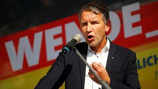 Almanya'nın doğu eyaletlerindeki seçim için geri sayım başladı: Aşırı sağ başa oynuyor