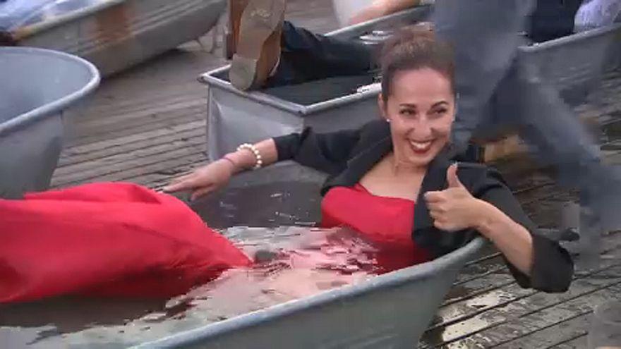 """""""Don Giovanni en la bañera"""" en una azotea de Praga"""