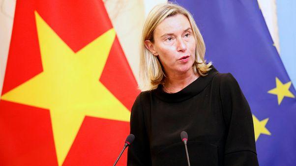 الاتحاد الأوروبي يقول إنه سيواصل مساعيه لانقاذ الاتفاق النووي الإيراني
