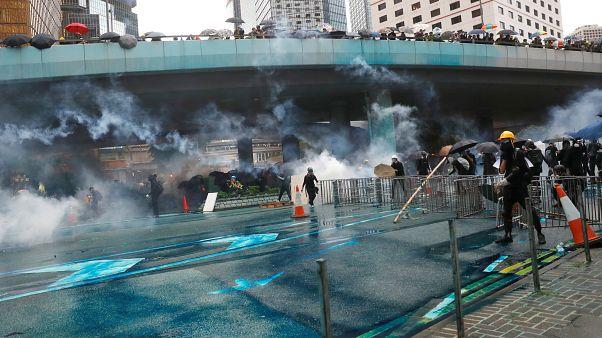 Χονγκ Κονγκ: Ανησυχητική κλιμάκωση- Νέα χρήση δακρυγόνων από την αστυνομία