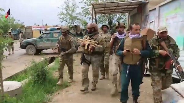حمله نیروهای طالبان به شهر قندوز همزمان با از سرگیری مذاکرات صلح دوحه