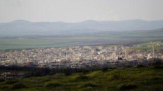 منظر عام لبلدة خان شيخون في ريف إدلب