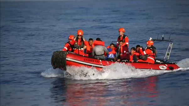 El barco humanitario alemán Alan Kurdi rescata a 13 migrantes en el Mediterráneo