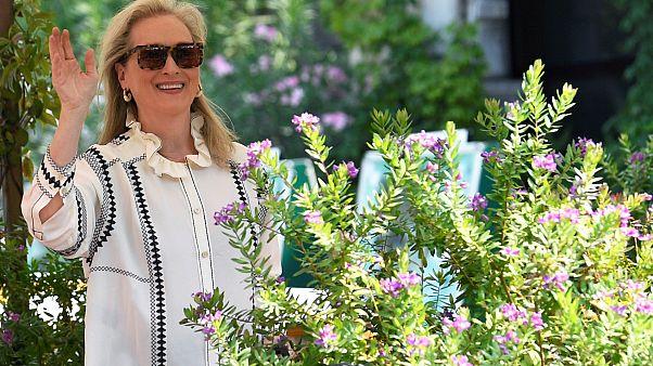 """الممثلة الأمريكية ميريل ستريب في البندقية للحديث عن تفاصيل الفيلم الجديد """"ذا لوندرومات"""""""