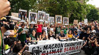 Décrochons Macron : premier procès à Lyon