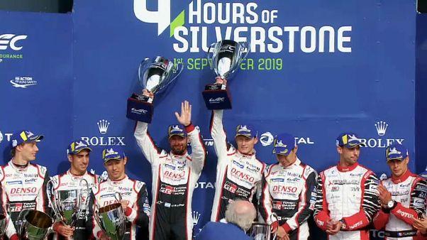 Tripudio Toyota sul podio di Silverstone.