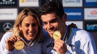Campioni del mondo francesi: Myriam Nicole e Loic Bruni.