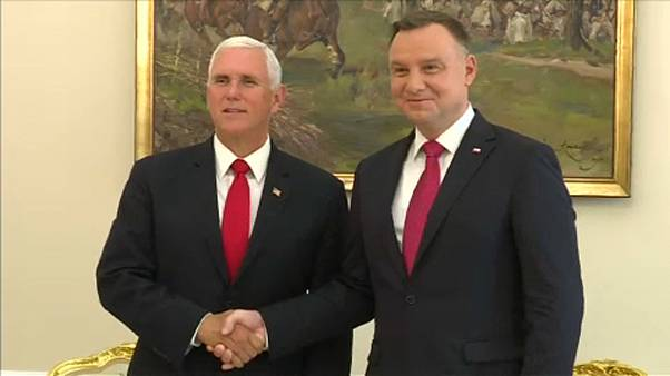 Pence: Lengyelország közel jár az amerikai vízummentességhez