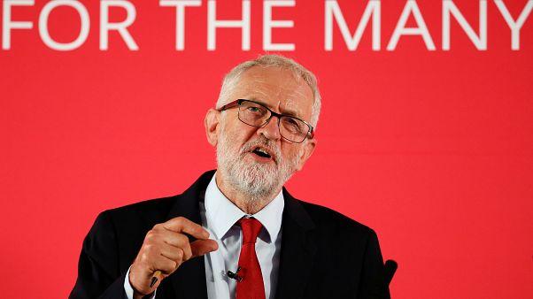 Corbyn'den anlaşmasız Brexit'e karşı erken seçim çağrısı