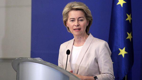 شمار زنان و مردان در ترکیب آتی کمیسیون اروپا تقریبا برابر است