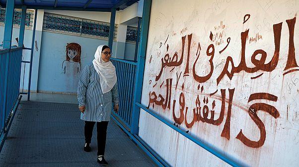 طالية في مدارس الأمم المتحدة في الضفة الغربية- أرشيف رويترز