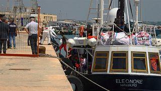 Polícia italiana apreende navio de resgate alemão