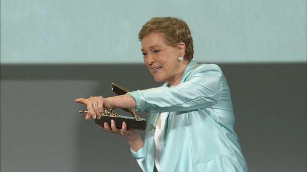 Julie Andrews récompensée à la Mostra