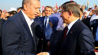 Ahmet Davutoğlu AK Parti'den ihraç istemiyle merkez disiplin kuruluna sevk edildi