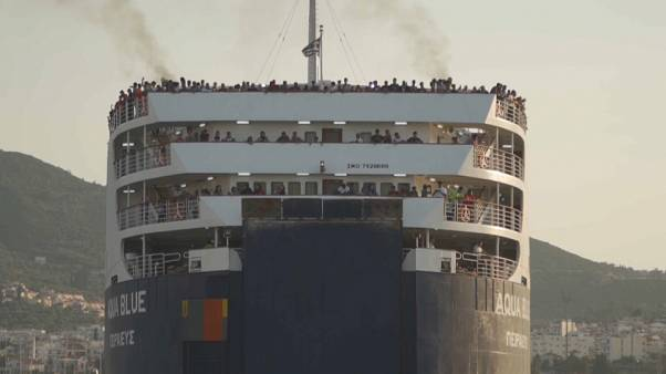1500 refugiados retirados de Moria