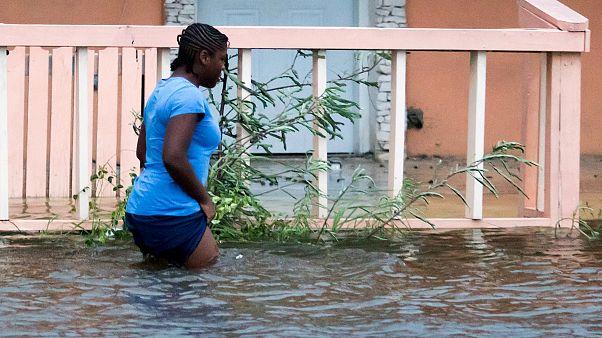 """11 Meter Wellen im Atlantik erwartet: Dorian, eine """"historische Tragödie"""""""