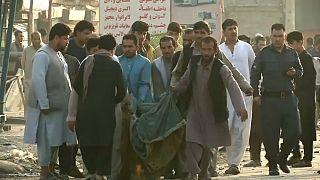Kaboul : au moins 16 civils sont morts dans un attentat à la voiture piégée