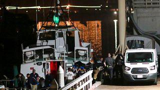 Aumentan a 25 las víctimas mortales en incendio de un barco en California