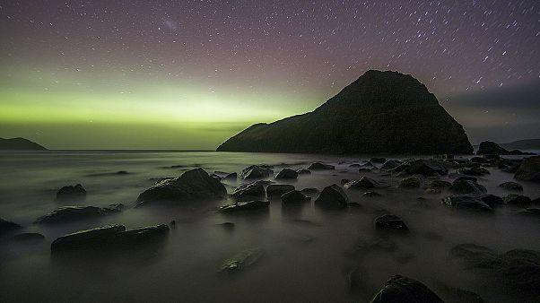 Video: Güney ışıkları olarak bilinen 'Aurora Australis' görüntüleri büyüledi