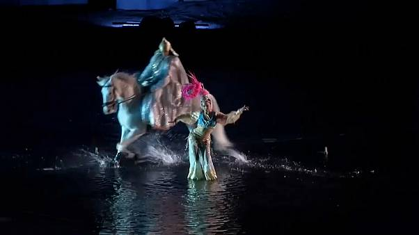 185 actors, stunt performers, acrobats and horsemen perform in the show