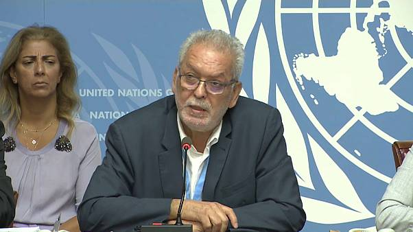 """أحد المسؤولين عن """"وفد اليمن الدولي"""" يقرأ التقرير الذي خلصت إليه الأمم المتحدة في جنيف اليوم"""
