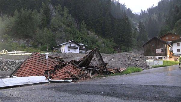 شاهد: انزلاقات أرضية في النمسا